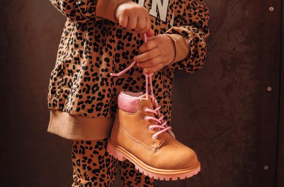 weil wir schuhe lieben deichmann at  raumungsverkauf palladium baggy 92353618m rosa stiefel damen rabatt schuhe online ausverkauf p 5496 #3