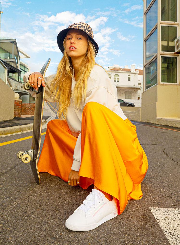 Weißer Fila Sneaker Model