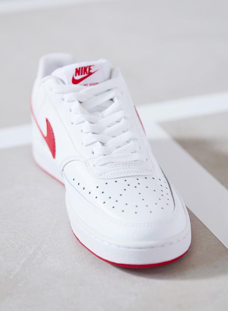 Weiss-rote Court Sneaker von Nike