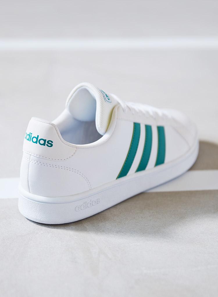 Court Sneaker von adidas