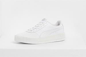 Weisse flache Puma Sneaker